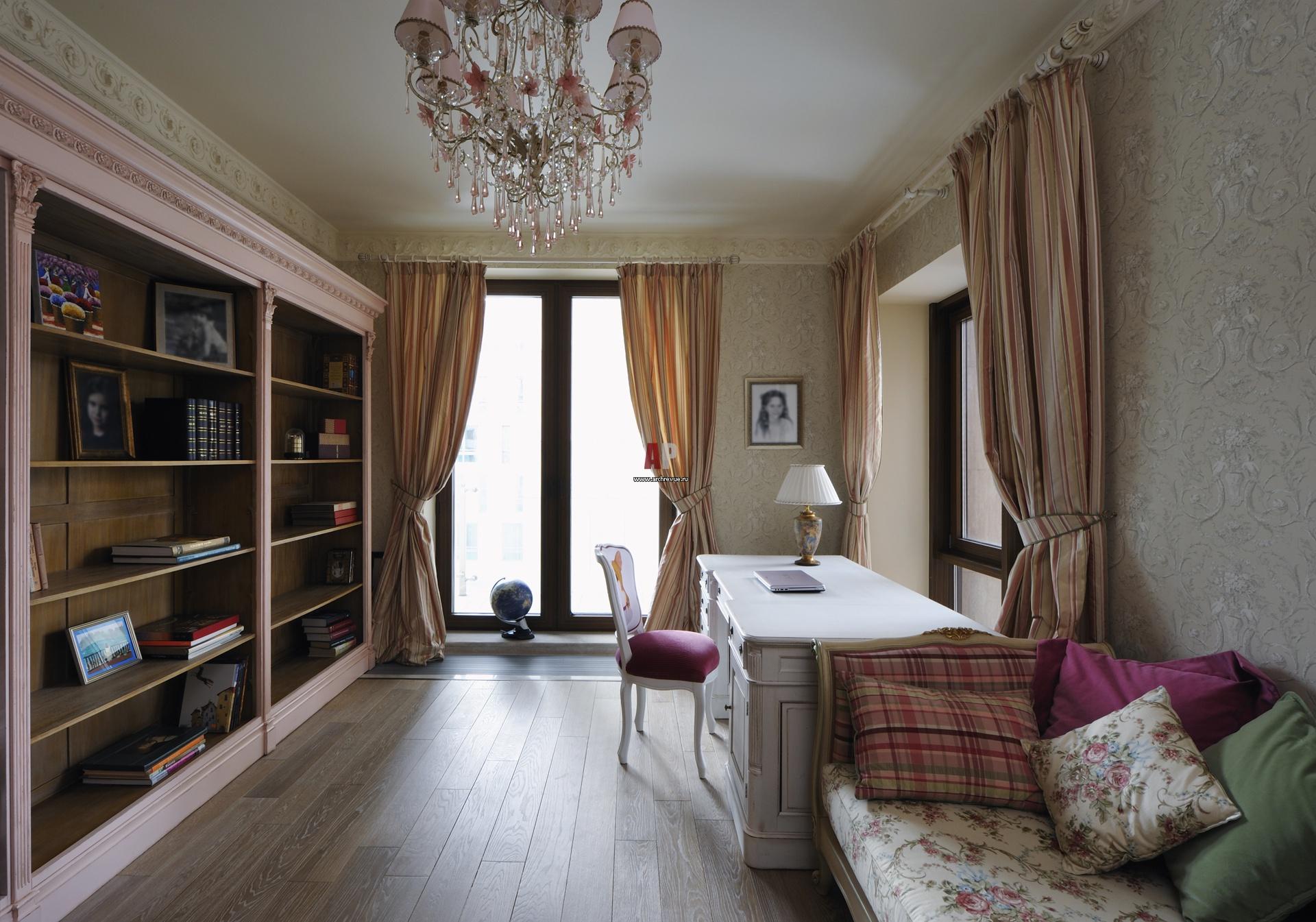Дизайн комната с двумя окнами дизайн фото