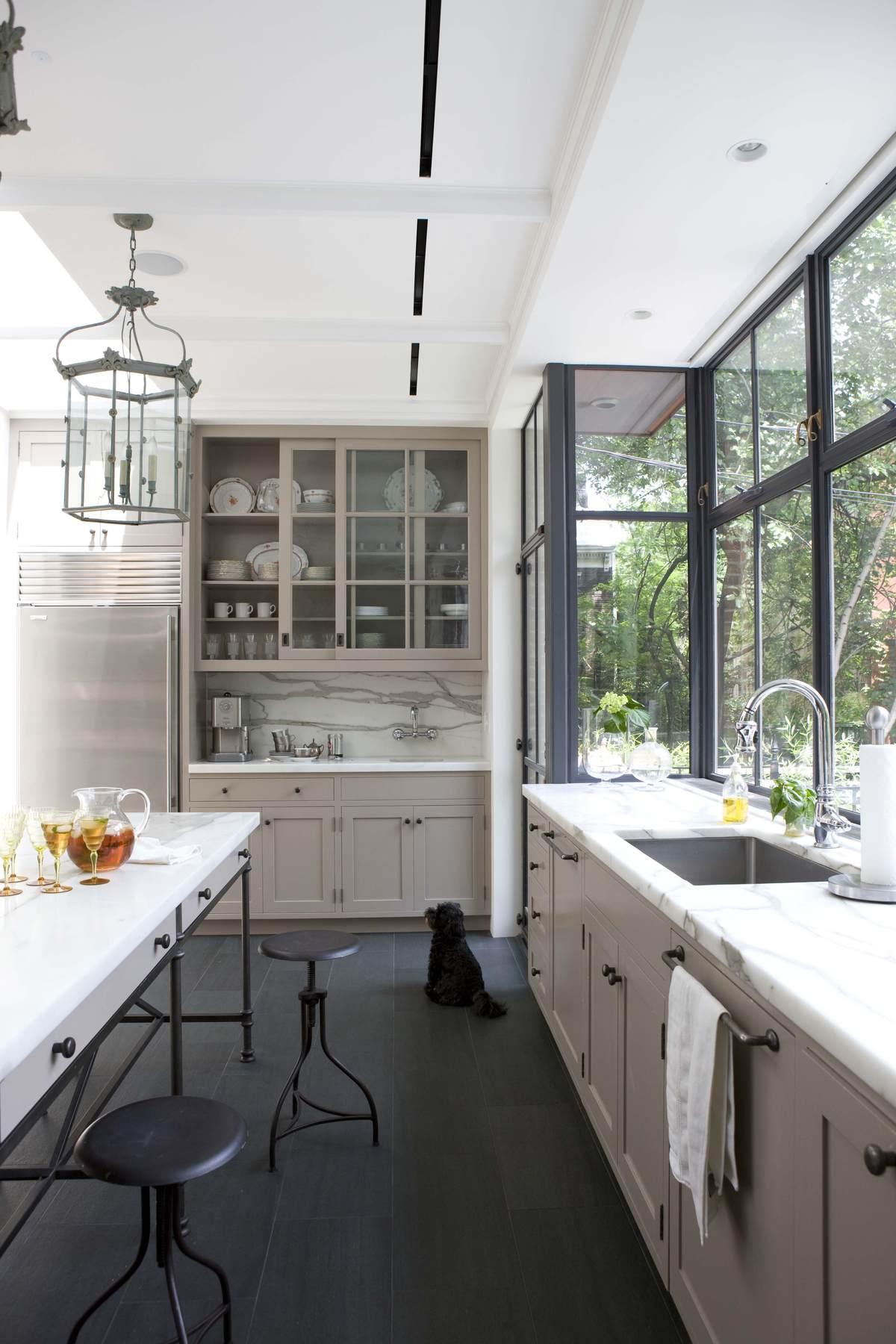 Кухня на балконе: фото дизайна интерьера.
