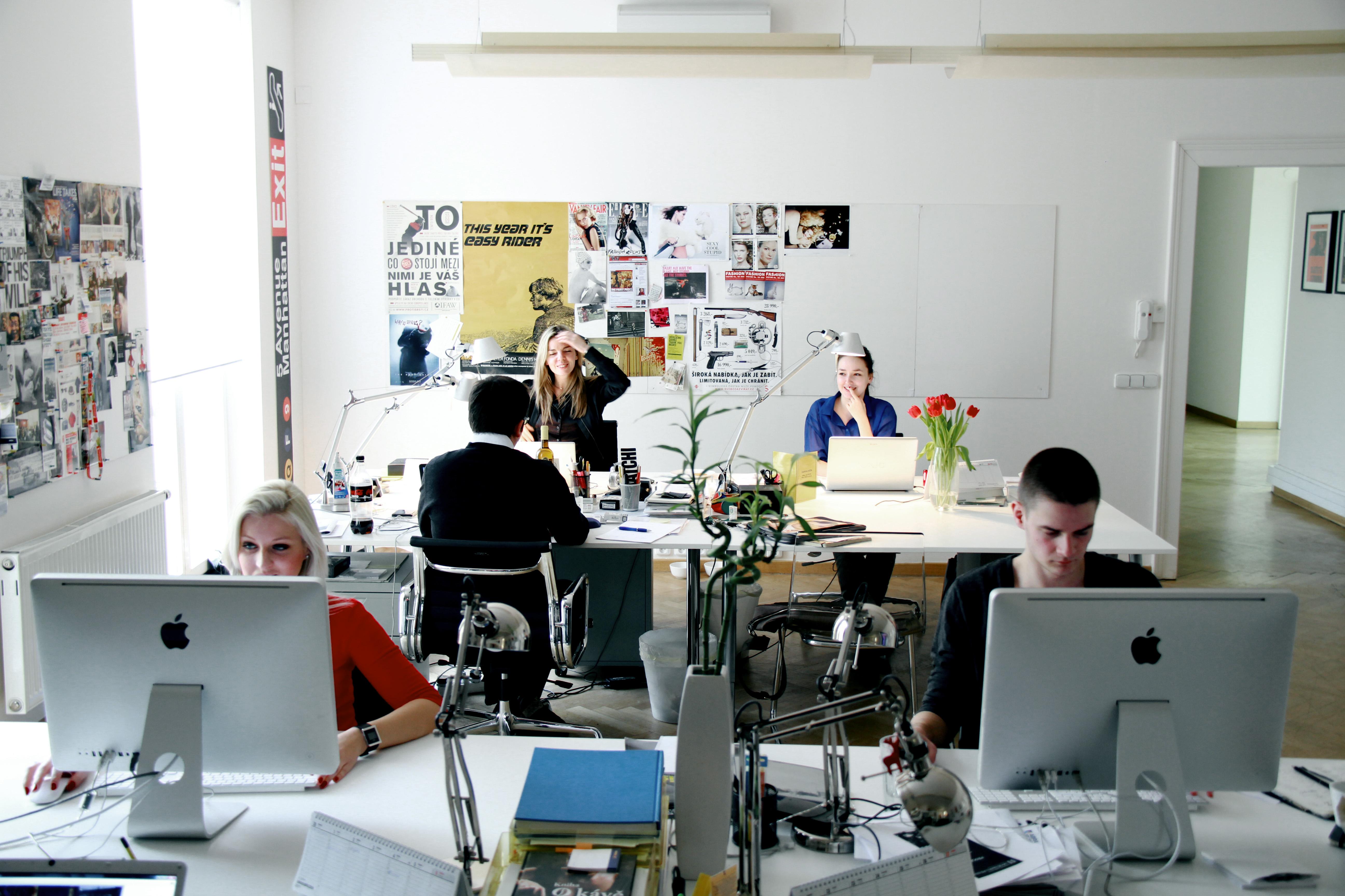 менеджер работа в дизайн студии дуба