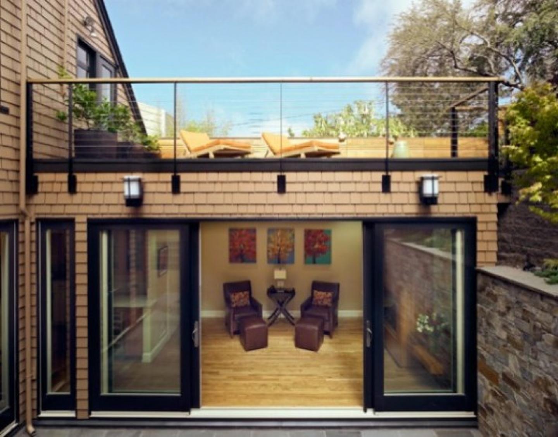 Строительство террасы для украшения вашего дома или коттеджа.