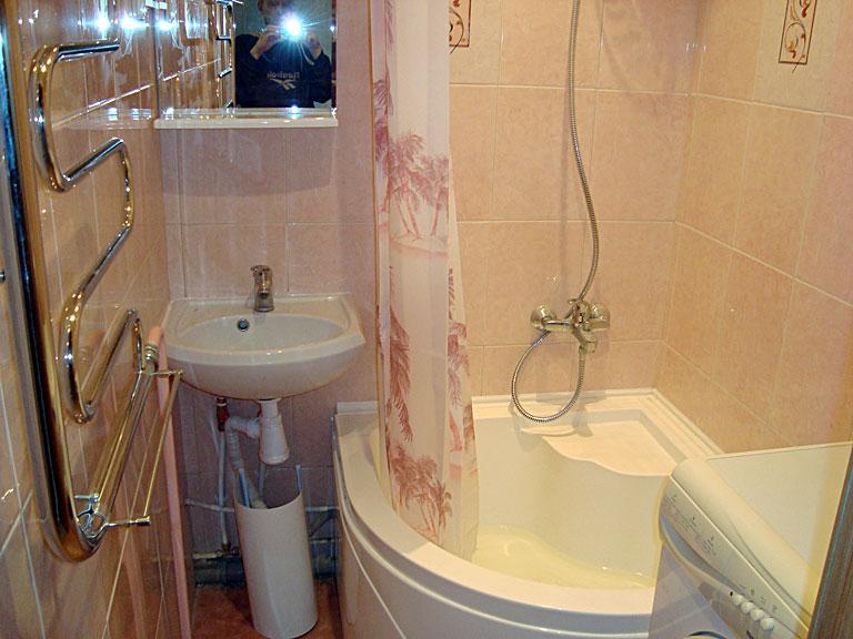 Бюджетный и экономный ремонт ванной комнаты: разные варианты 63