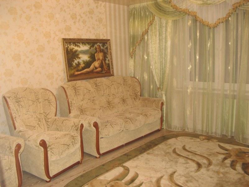красивые обои в зале квартиры фото