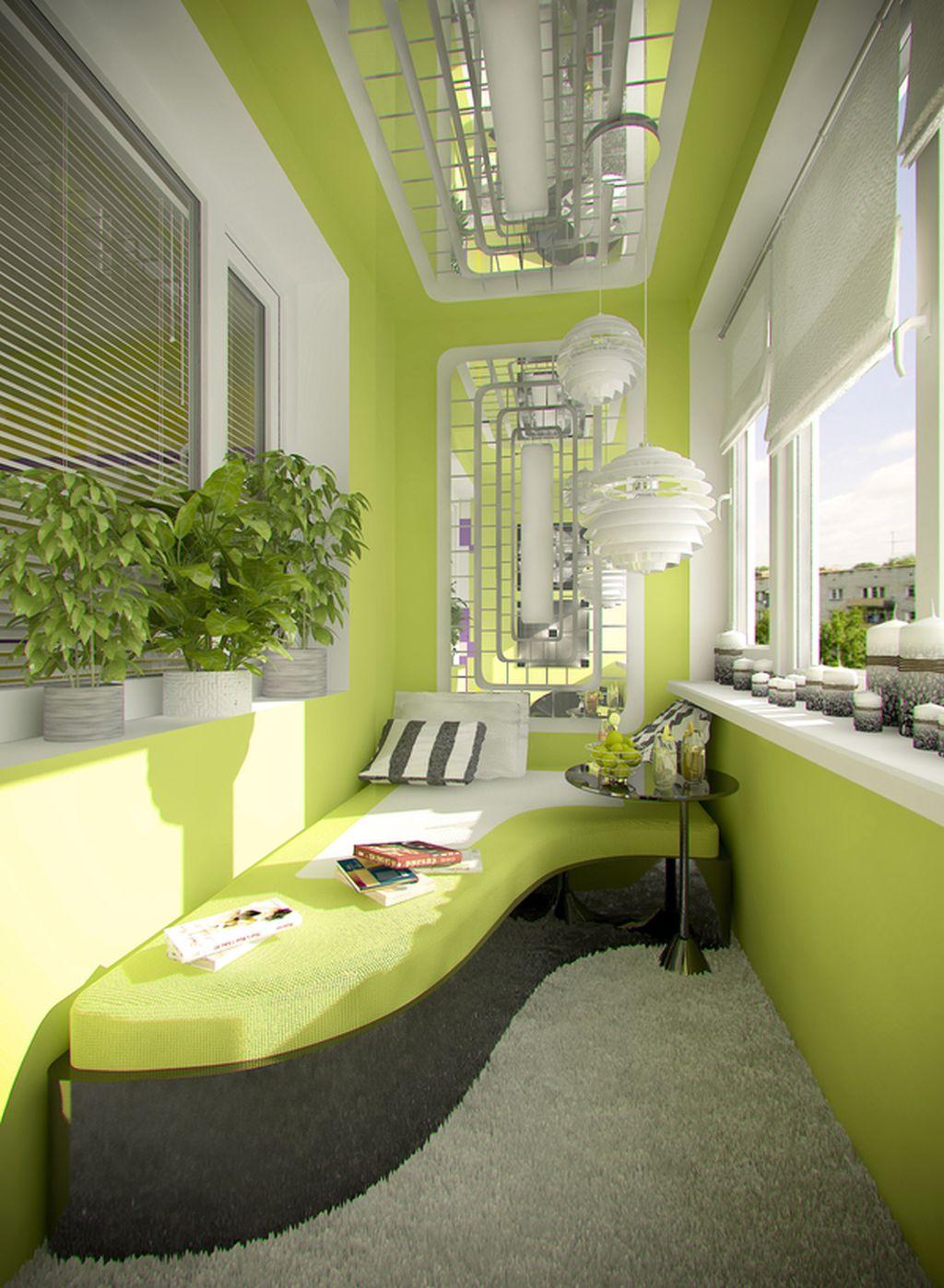 Очевидные и скрытые преимущества застеклённого балкона.