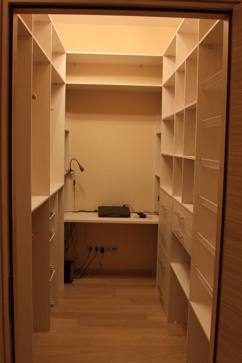 """Маленькие гардеробные комнаты дизайн """" современный intended ."""