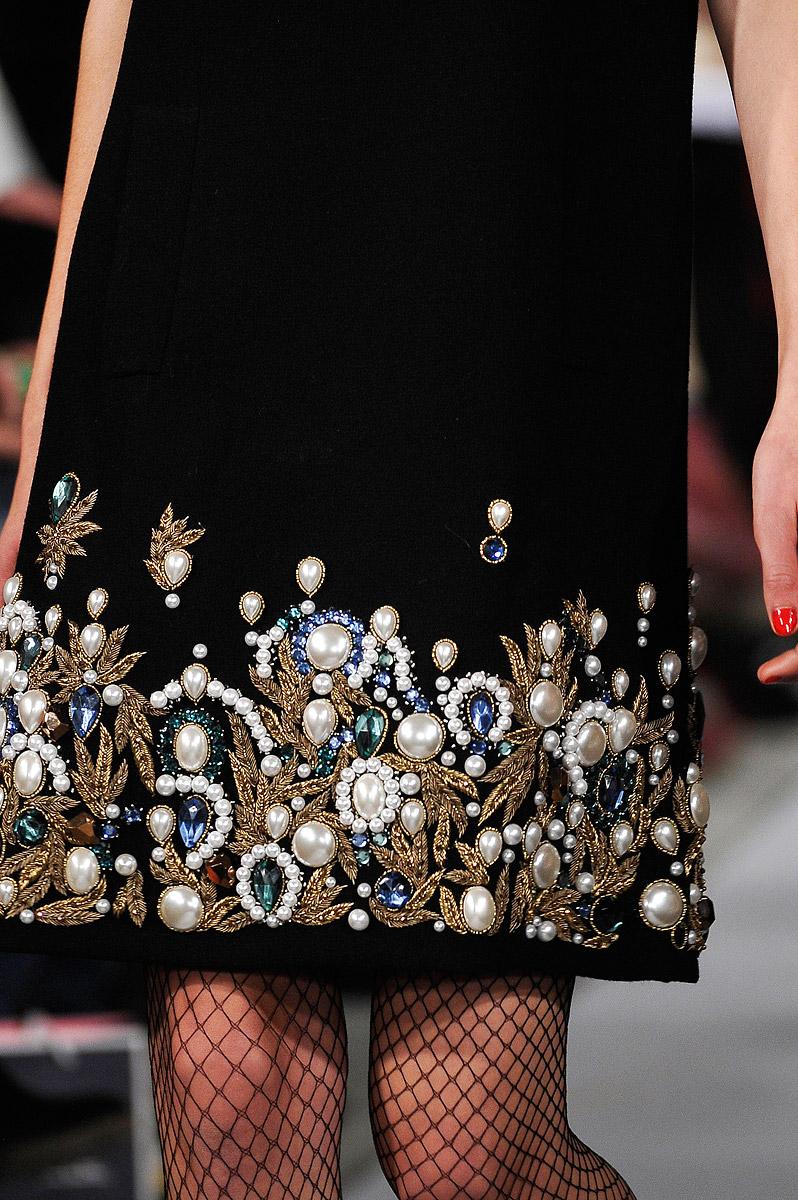 Вышивка на платье своими руками картинки