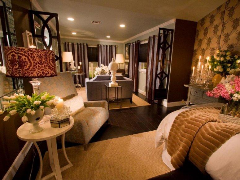 Длинная спальня: идеи для узкой спальни. Новинки практичного и уютного дизайна. Примеры удачной планировки!