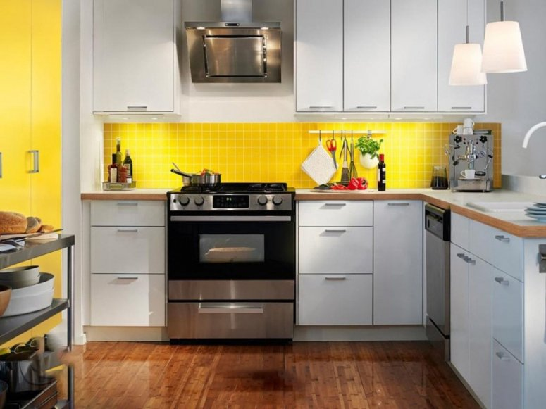 Кухня 14 кв. м. Проектирование и расстановка мебели
