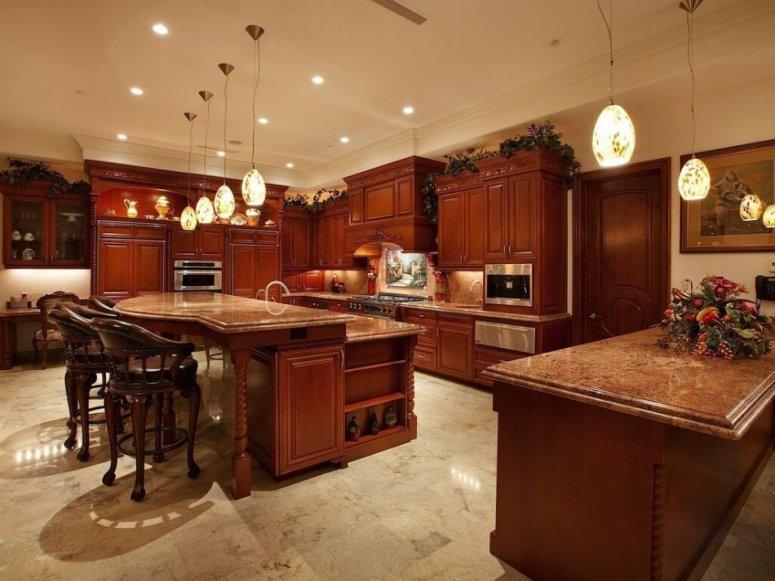 Кухня 17 кв. м. — практичный дизайн и примеры планировки с зонированием.