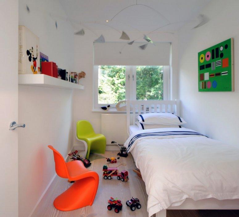 Узкая детская комната — правила удобного и функционального дизайна комнаты для ребенка.