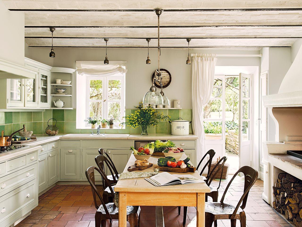 Дизайн внутри дома в стиле прованс