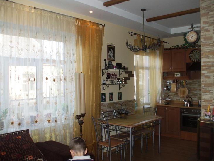 Кухня с залом вместе дизайн в хрущевке с холодильником
