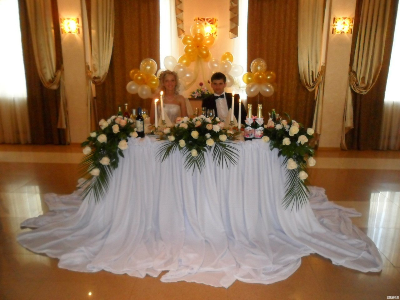 Оформление свадебного стола жениха и невесты своими руками фото