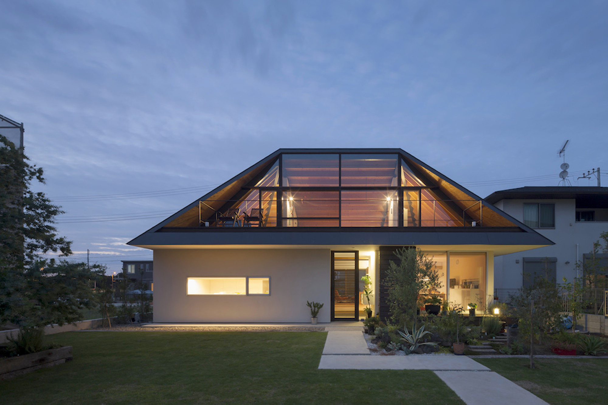 Дизайн крыши дома