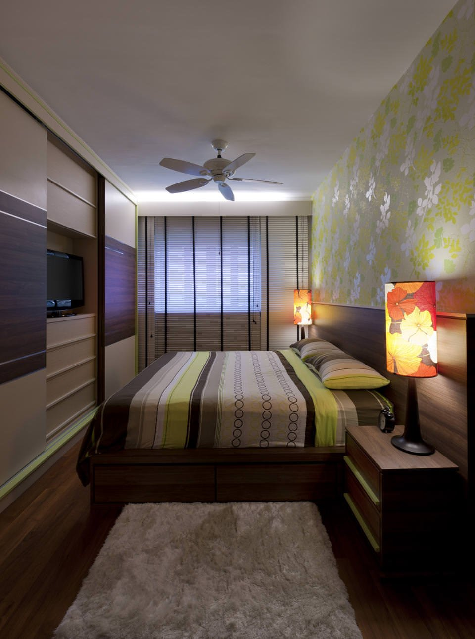 Фото дизайна интерьера узких спален