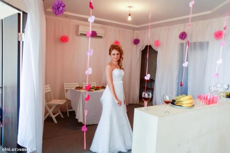 Украсить квартиру на свадьбу своими руками