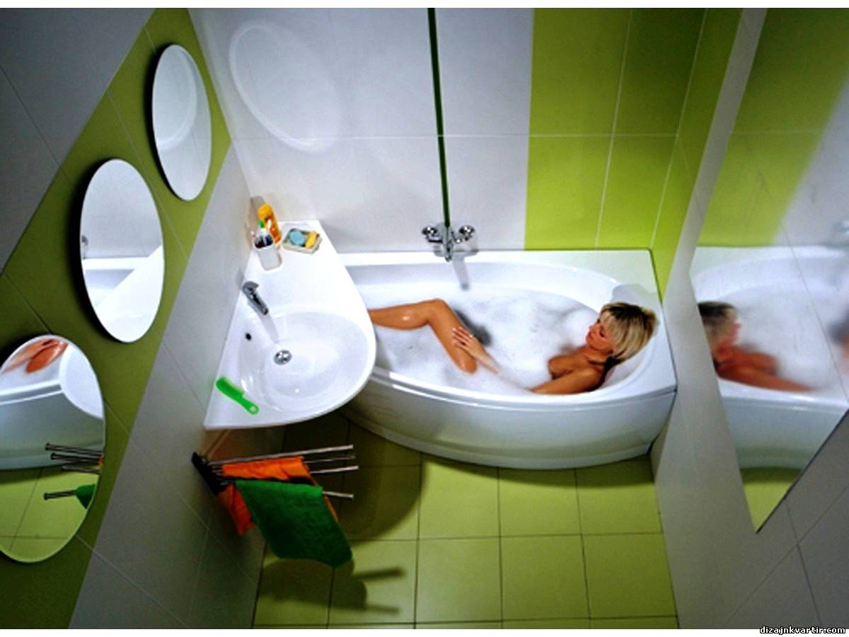 Дизайн ванной комнаты очень маленького размера 91