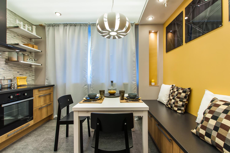 Фото дизайна кухни в квартире 92 кв.