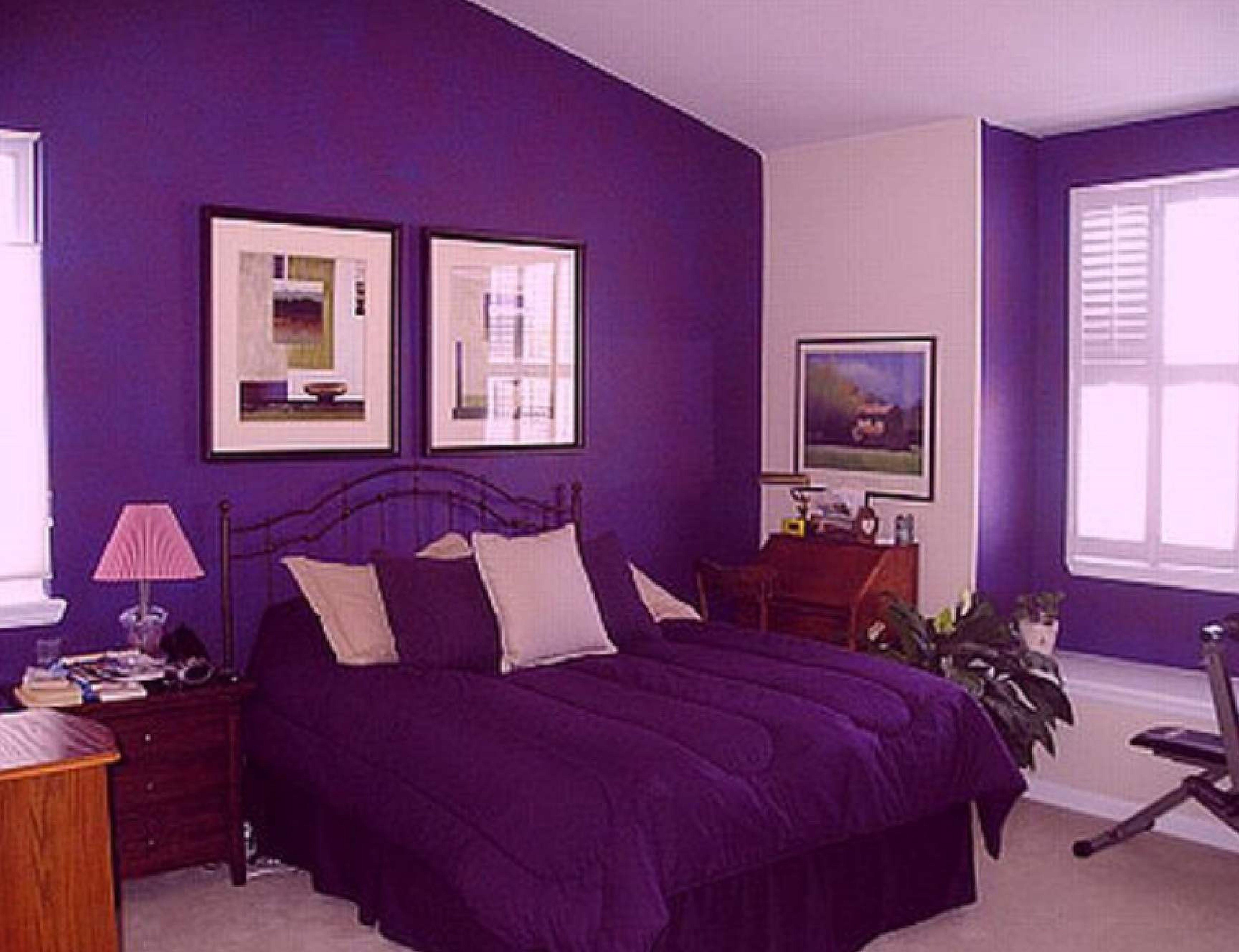 Спальня в лиловом цвете дизайн