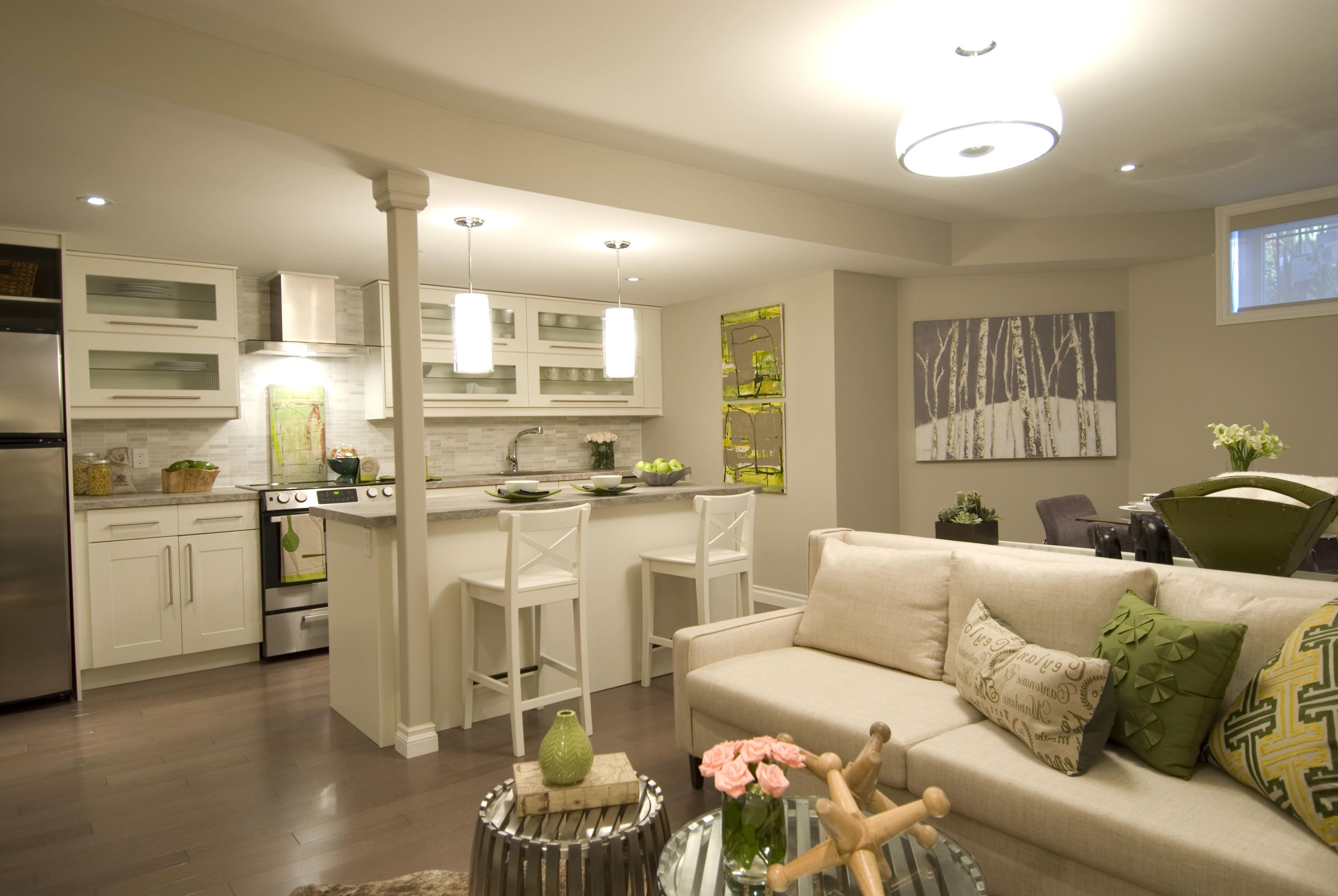 Дизайн интерьера квартир кухни совмещенной с гостиной