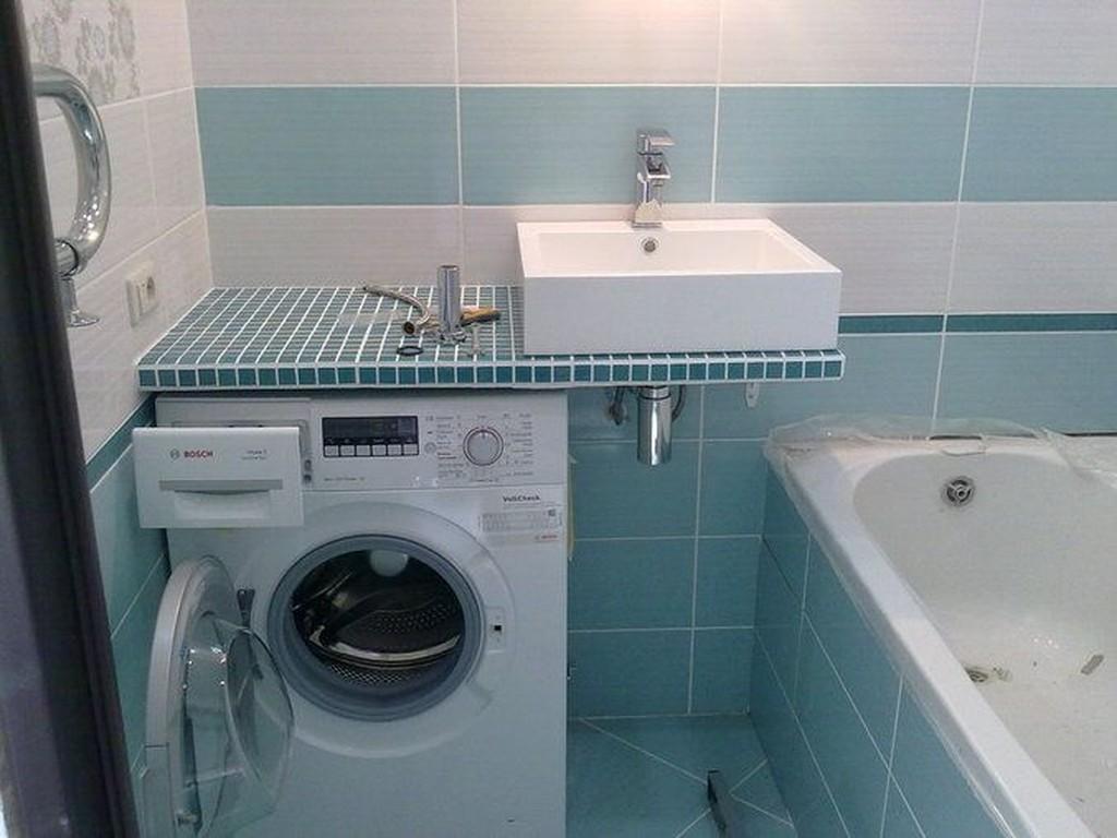Дизайн маленькой ванной комнаты со стиральной машинкой