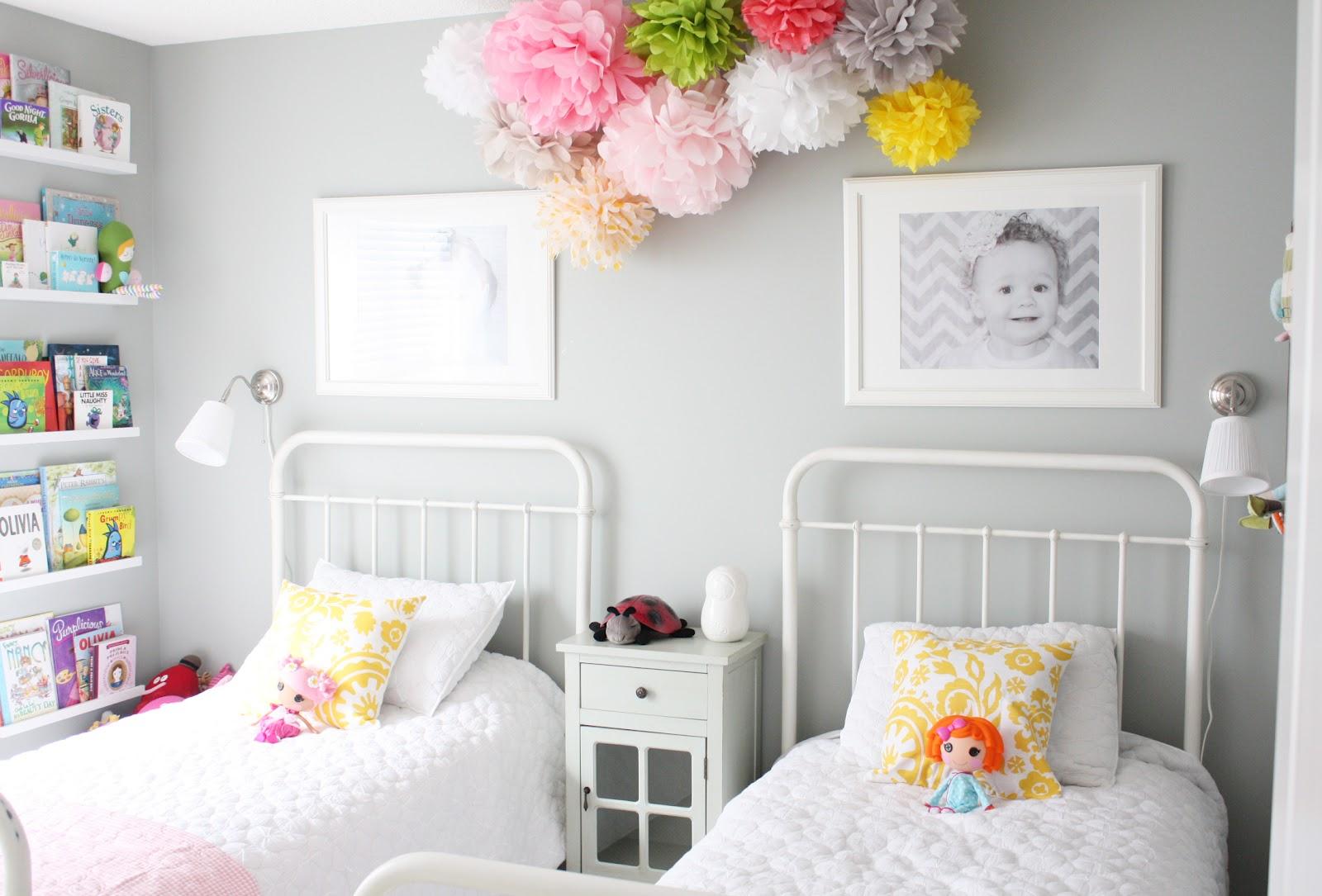 Как украсить маленькую комнату своими руками