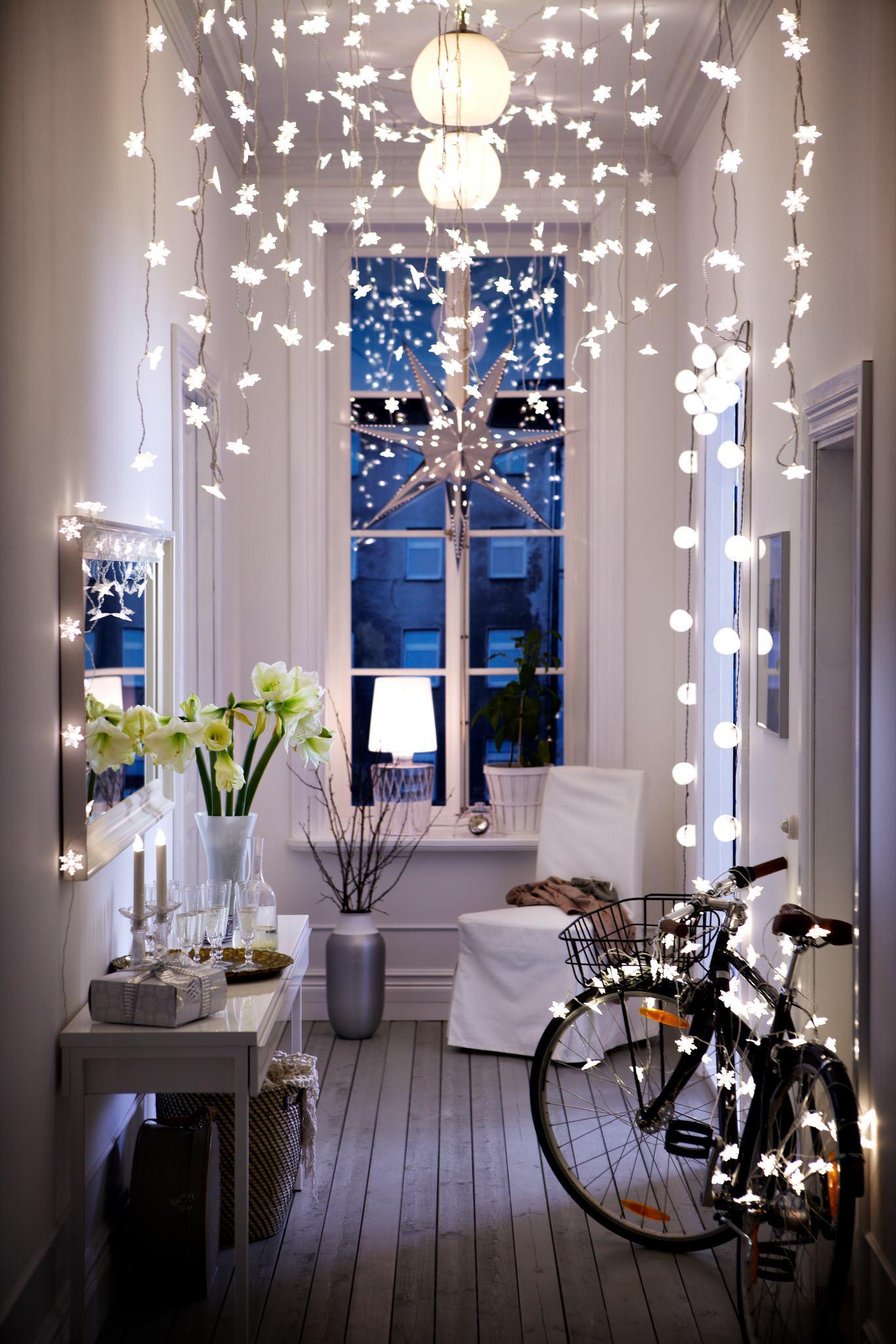 Как красиво украсит квартиру к новому году