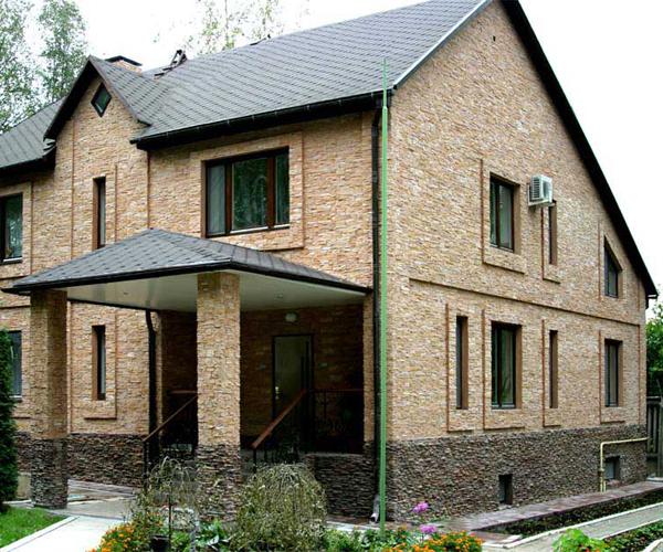 Отделка фасада частного дома с фото