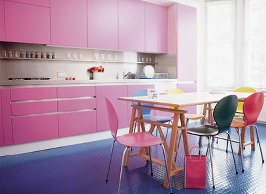 Розово бирюзовая кухня