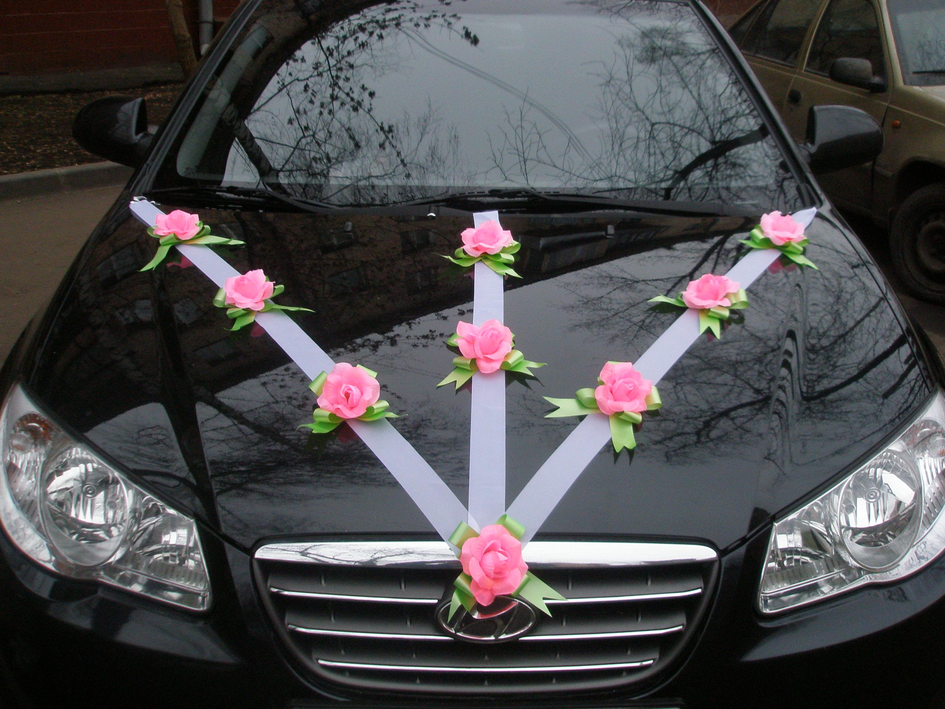 Украшение свадебной машины из лент своими руками