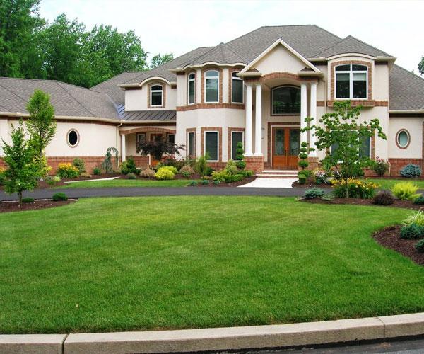 Фото ландшафтных дизайнов загородных домов