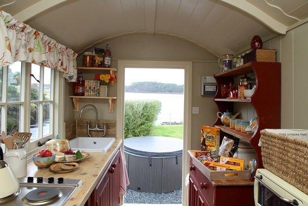 Дизайн маленькой дачной кухни своими руками фото