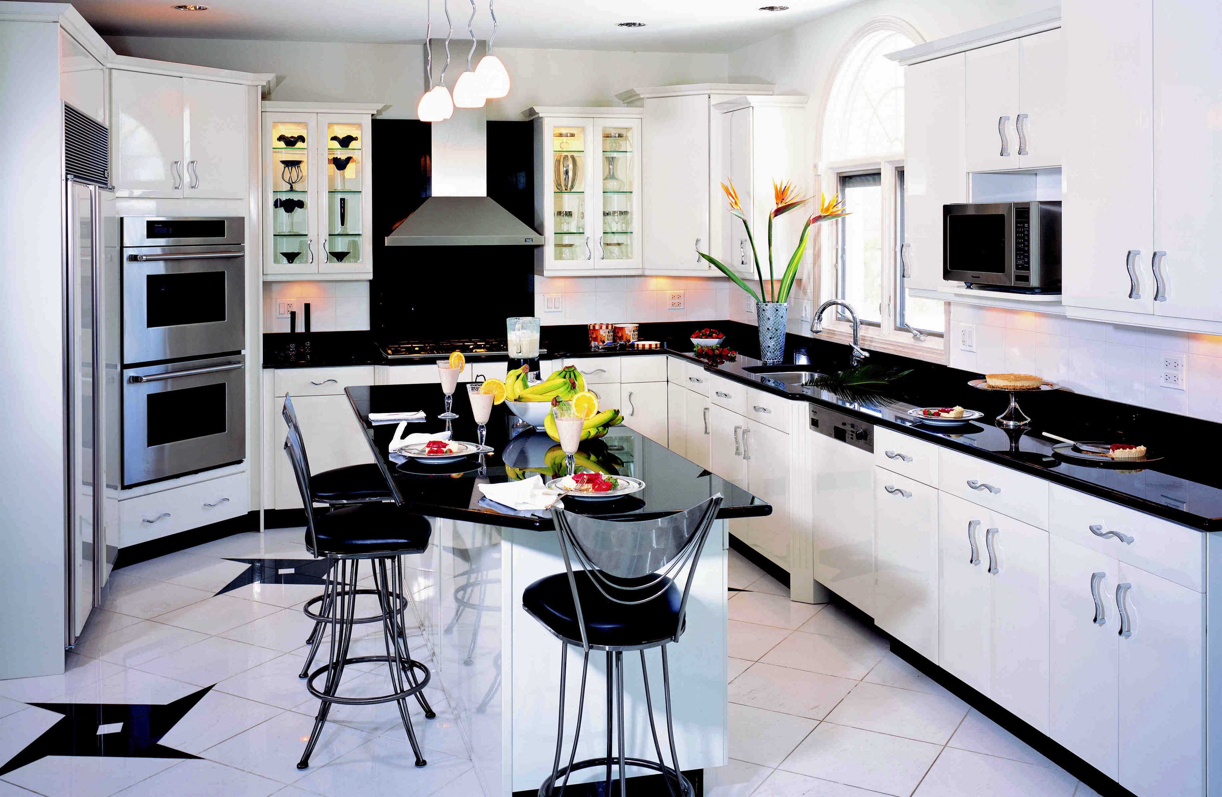 Большая кухня дизайн интерьер