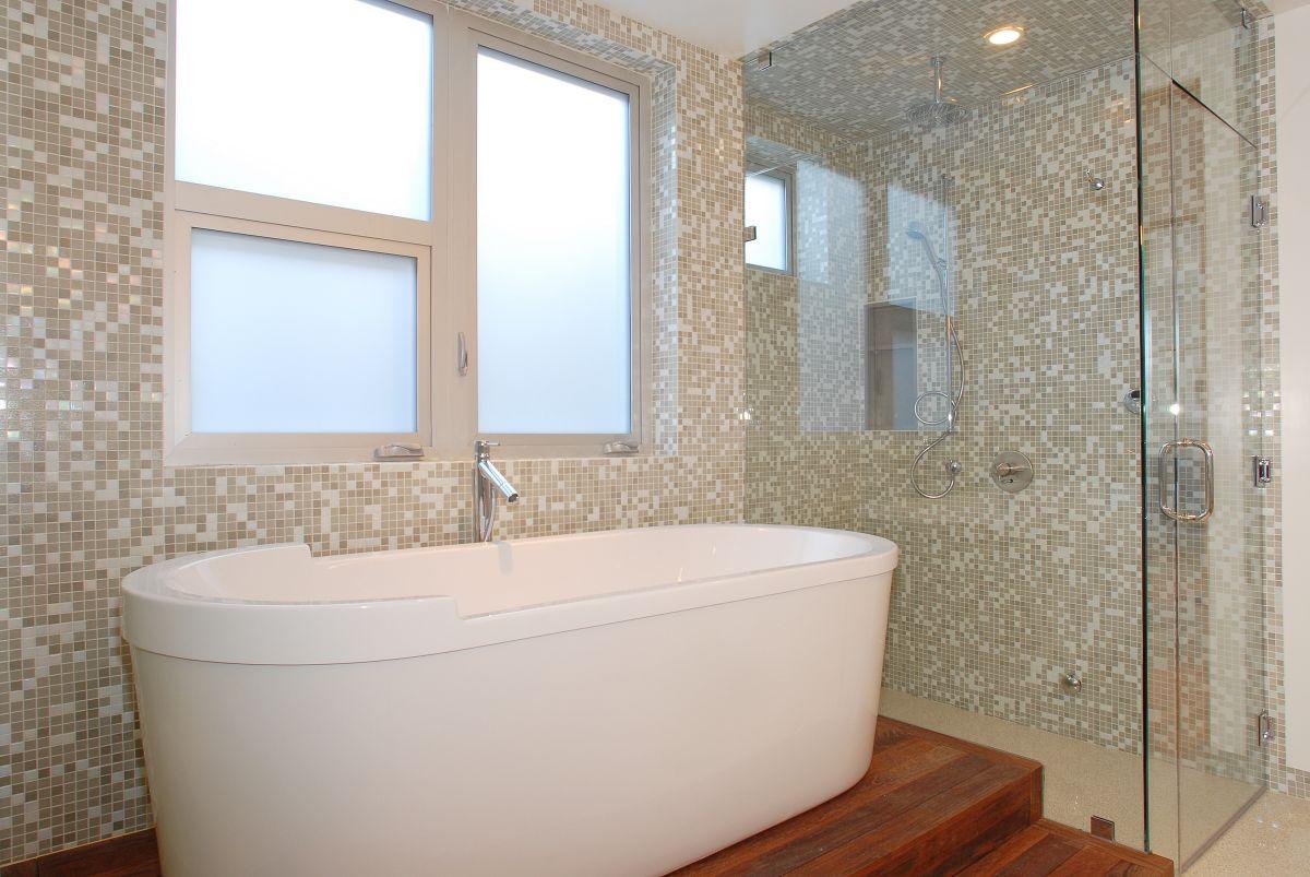 Дизайн мозаики в ванной