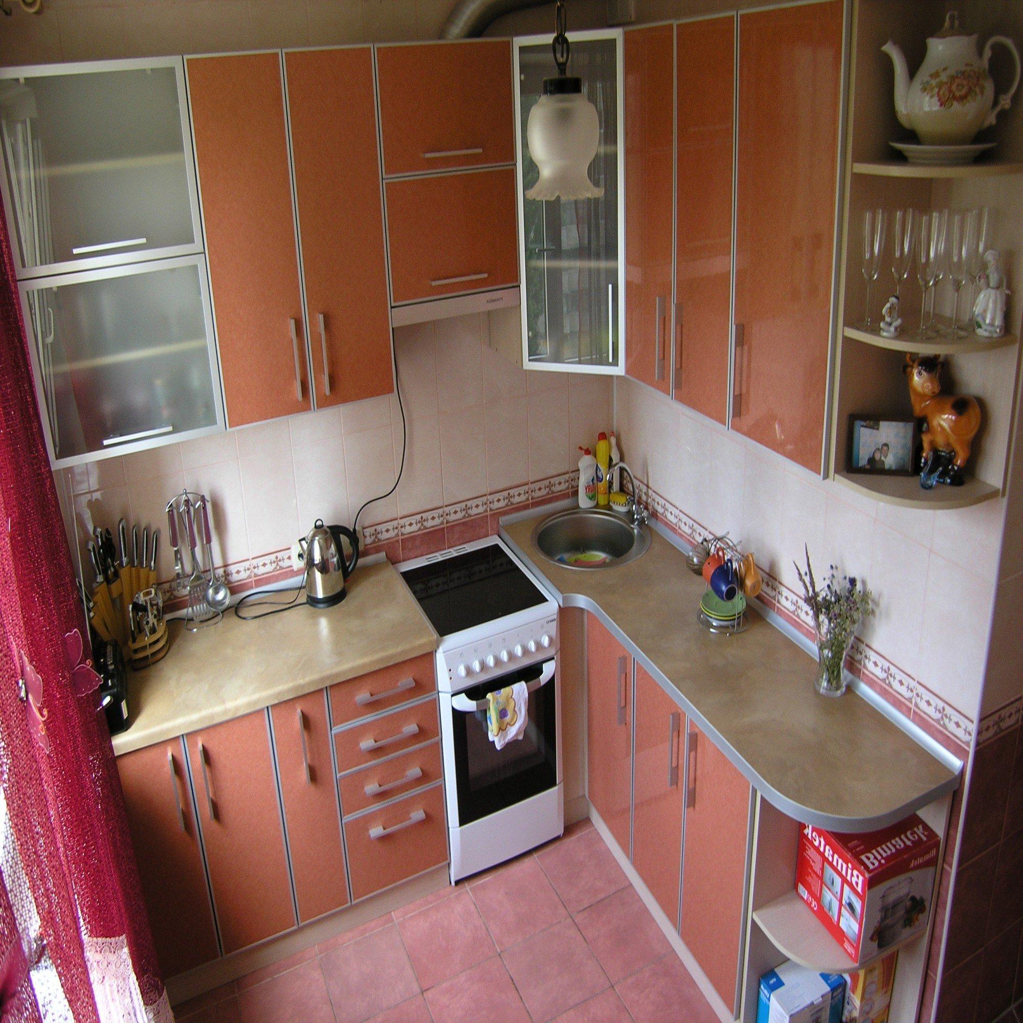 Как сделать ремонт кухни 6 квадратов