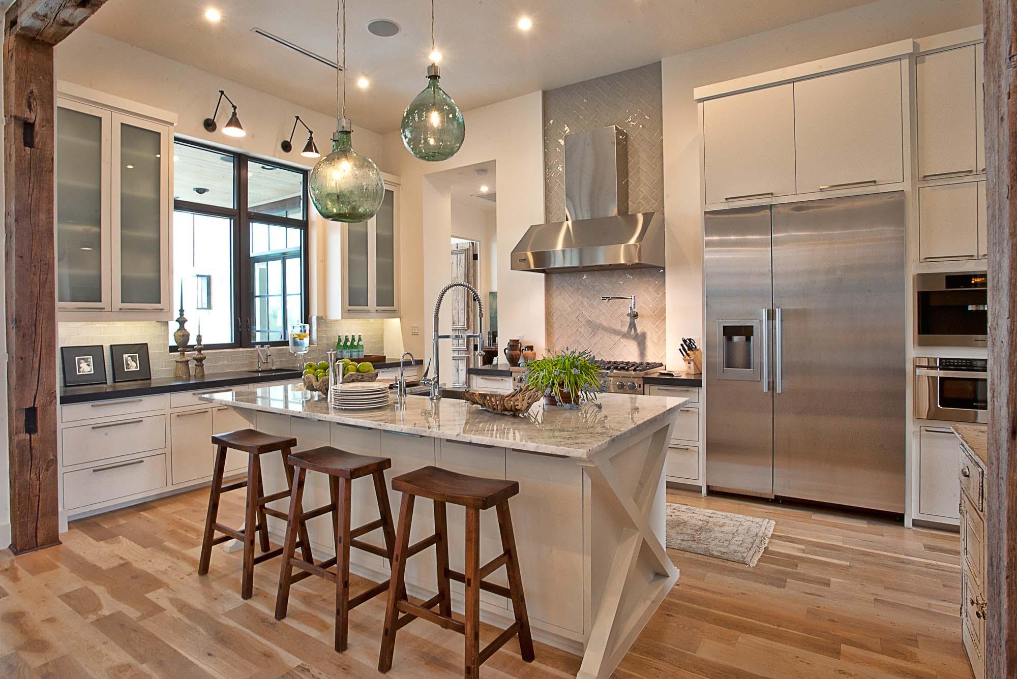 Интерьер кухни в частном доме своими руками фото не дорогой