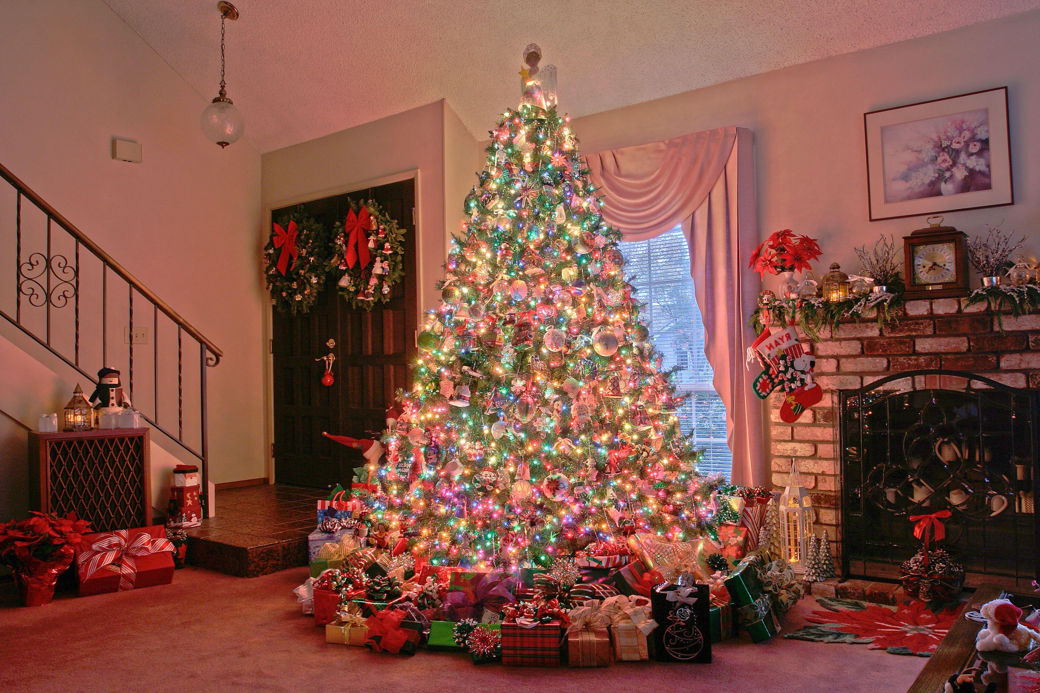 Украсить елку на новый год картинки