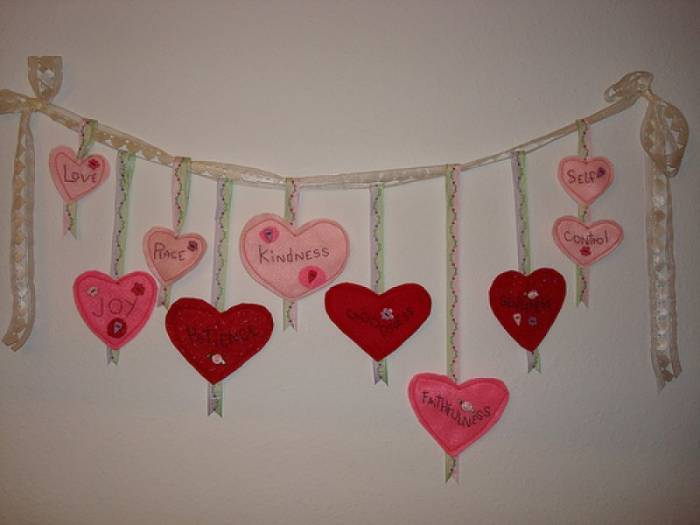 как украсить комнату ко дню рождению