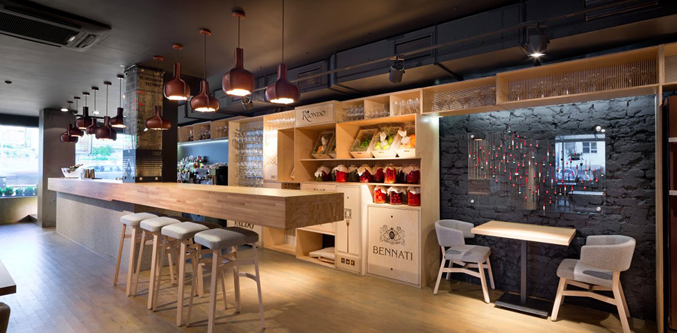 Interior bar interior design 20 of the world39s best restaurant and bar designs