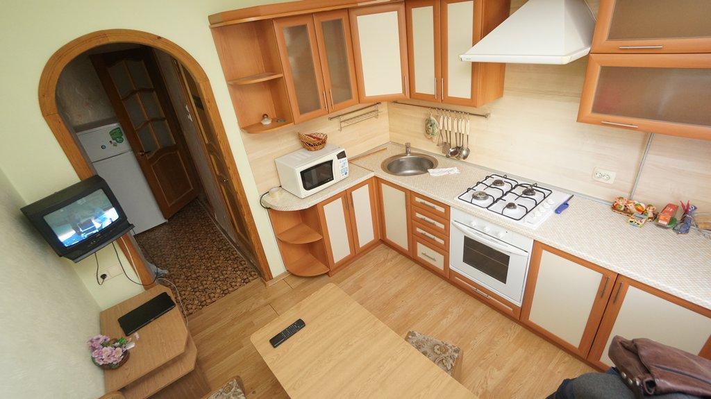 Ремонт в кухне улучшенка