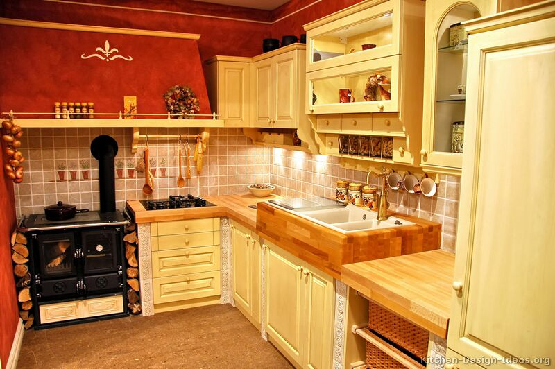 Сельский интерьер на кухне 137