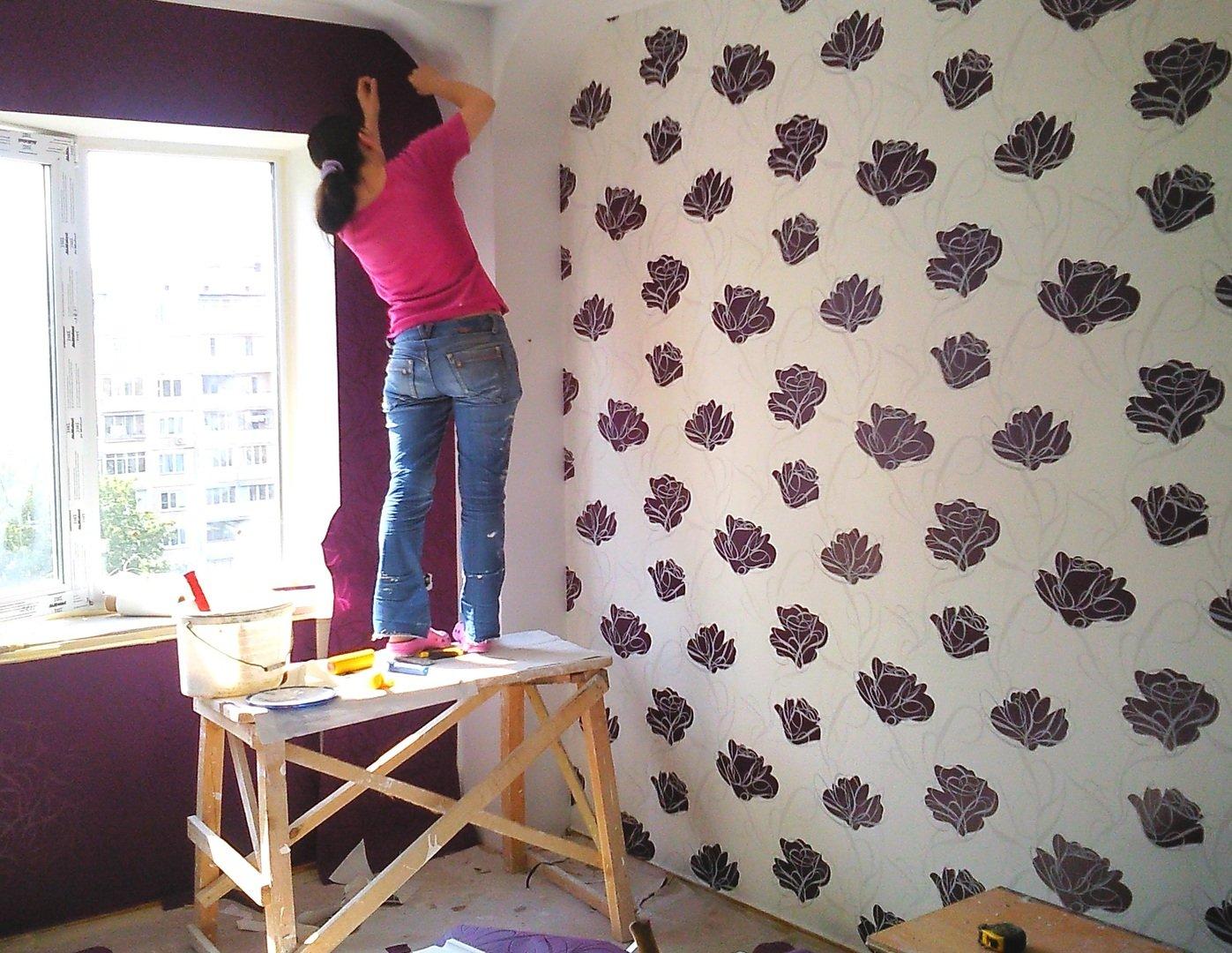 Updating the design using silkscreen wallpaper.