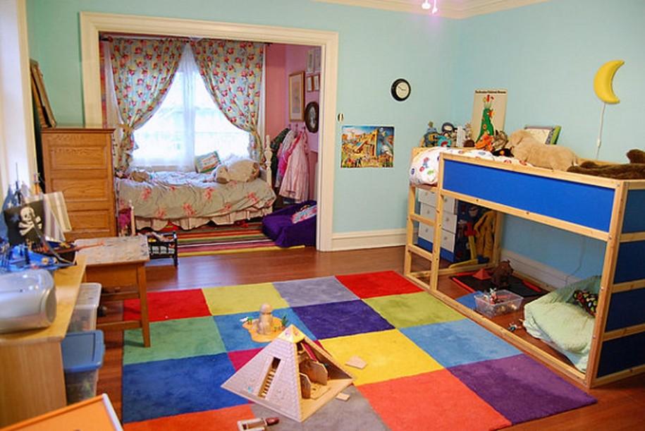 Как сделать из комнаты и спальню и детскую для двух детей