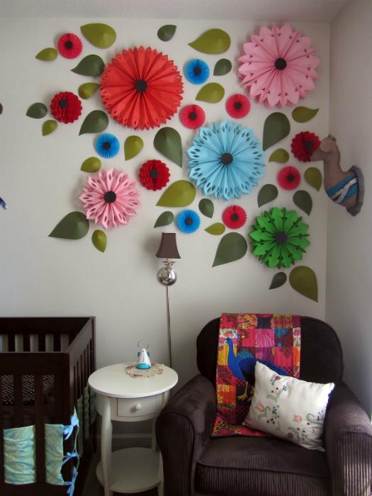 Сделать украшение для комнаты своими руками