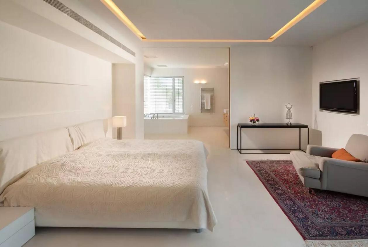 Дизайн потолка фото маленьких комнат