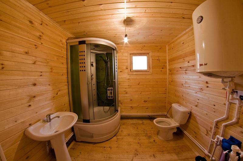 Душевая своими руками в деревянном доме фото