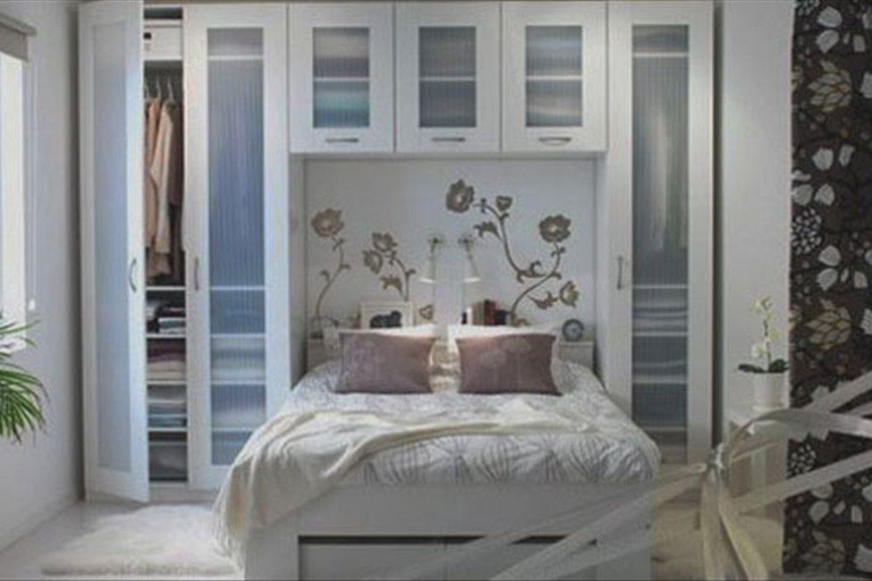 Фото спальня маленьких размеров дизайн
