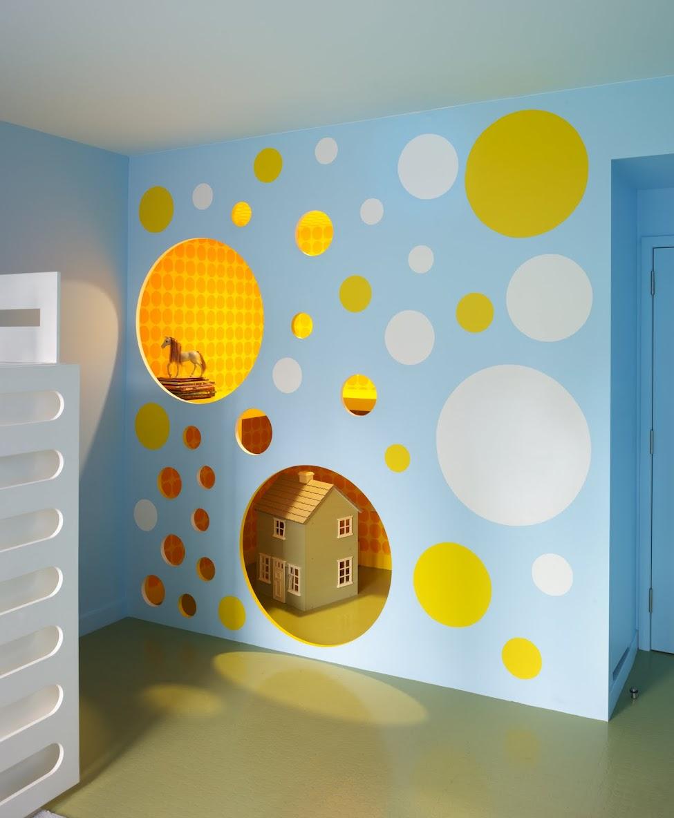 Детская комната своими руками красками.