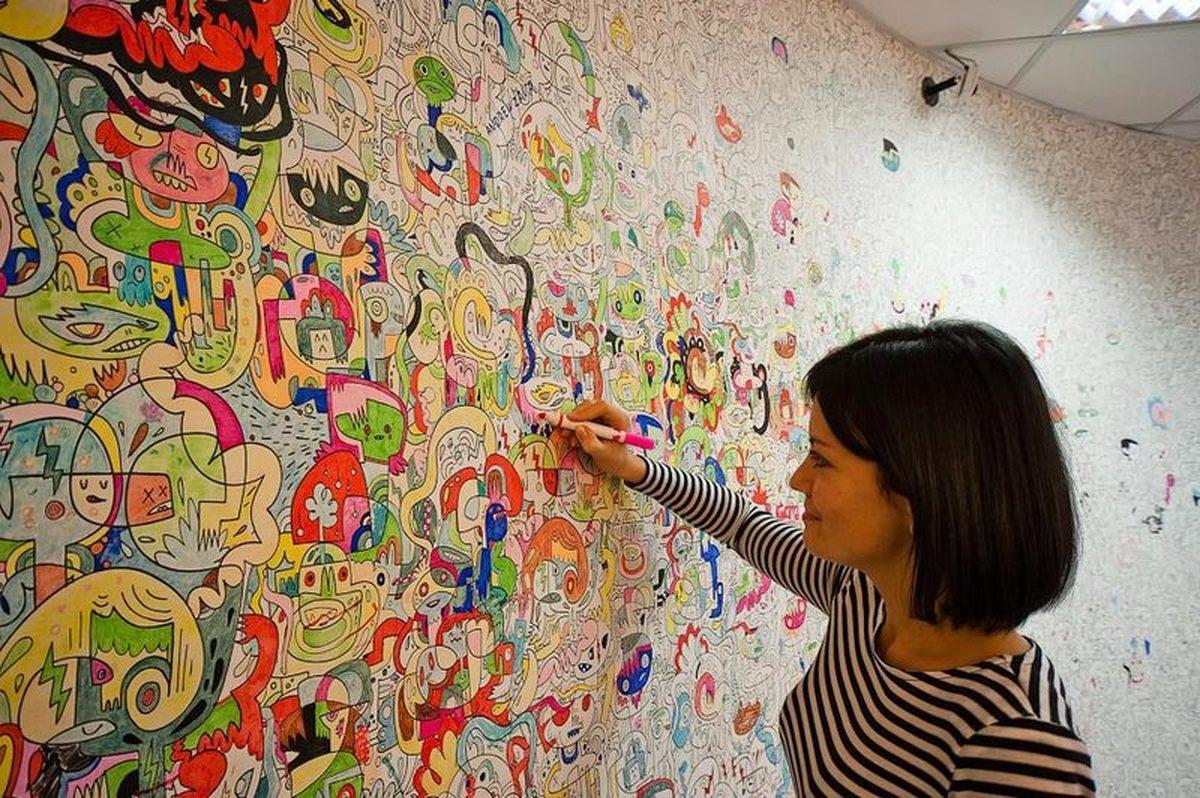 Раскрашивание стен своими руками